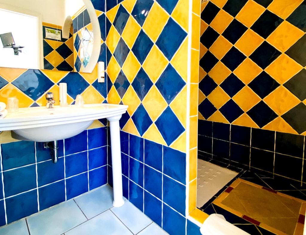 CHAMBRE 28 - HOTEL LA PERGOLA CAVALAIRE-3